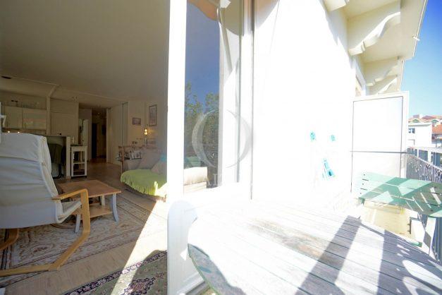 location-vacances-biarritz-appartement-2-chambres-balcon-jardin-public-centre-ville-plage-a-pied-2020-004