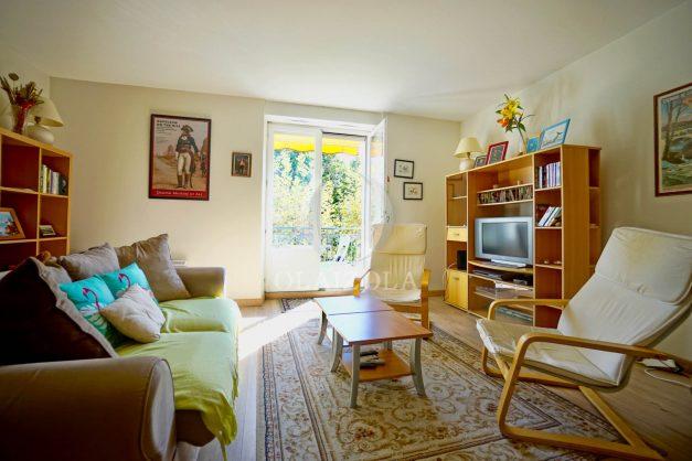 location-vacances-biarritz-appartement-2-chambres-balcon-jardin-public-centre-ville-plage-a-pied-2020-008