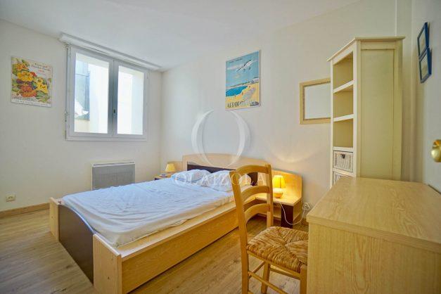 location-vacances-biarritz-appartement-2-chambres-balcon-jardin-public-centre-ville-plage-a-pied-2020-016