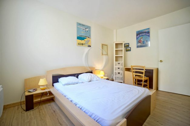 location-vacances-biarritz-appartement-2-chambres-balcon-jardin-public-centre-ville-plage-a-pied-2020-018
