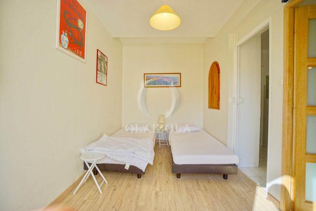 location-vacances-biarritz-appartement-2-chambres-balcon-jardin-public-centre-ville-plage-a-pied-2020-020