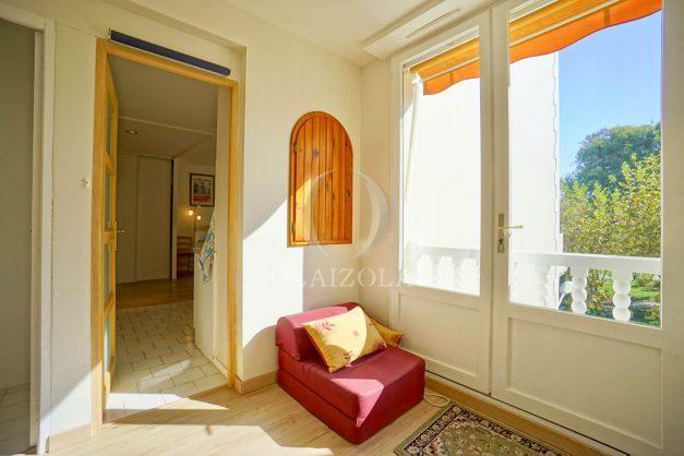 location-vacances-biarritz-appartement-2-chambres-balcon-jardin-public-centre-ville-plage-a-pied-2020-022