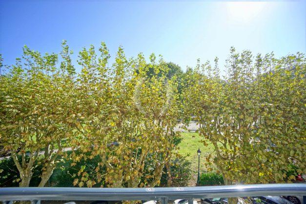 location-vacances-biarritz-appartement-2-chambres-balcon-jardin-public-centre-ville-plage-a-pied-2020-025