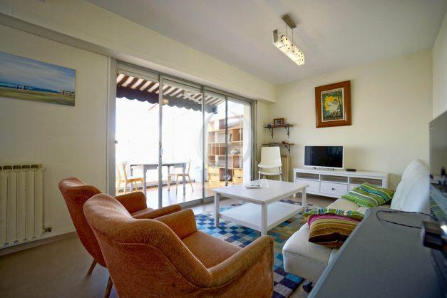 location-vacances-biarritz-appartement-vue-mer-2-chambres-terrasse-veranda-plage-a-pied-vacances-de-reve-2019-013