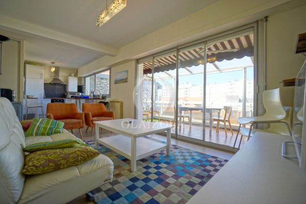 location-vacances-biarritz-appartement-vue-mer-2-chambres-terrasse-veranda-plage-a-pied-vacances-de-reve-2019-015