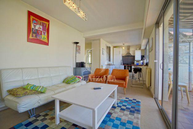 location-vacances-biarritz-appartement-vue-mer-2-chambres-terrasse-veranda-plage-a-pied-vacances-de-reve-2019-016