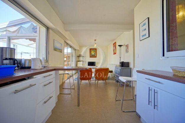 location-vacances-biarritz-appartement-vue-mer-2-chambres-terrasse-veranda-plage-a-pied-vacances-de-reve-2019-021