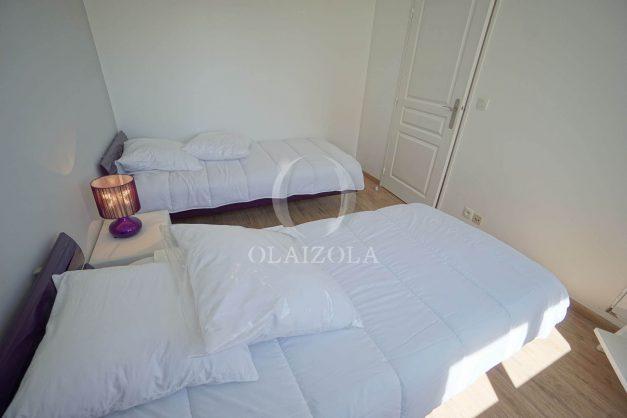 location-vacances-anglet-2-chambres-proche-plage-chiberta-jardin-parking-foret-031