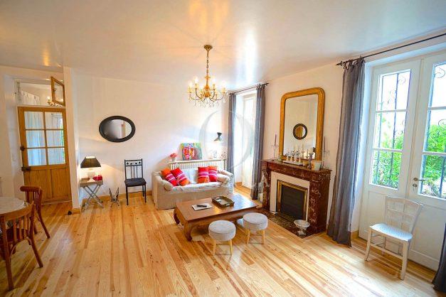 location-vacances-biarritz-appartement-centre-ville-jardin-terrasse-ensoleillee-wifi-002