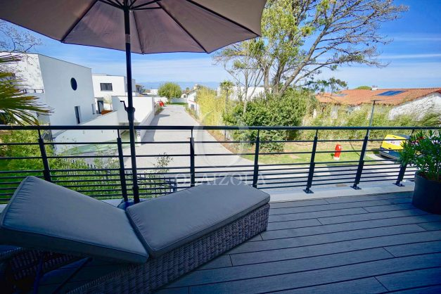 location-vacances-biarritz-appartement-anglet-residence-anadara-parking-2-chambres-2-terrasses-ensoleillee-moderne-001