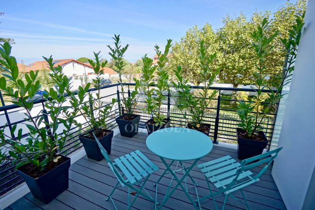location-vacances-biarritz-appartement-anglet-residence-anadara-parking-2-chambres-2-terrasses-ensoleillee-moderne-010