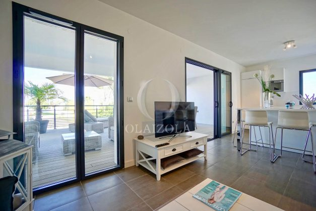 location-vacances-biarritz-appartement-anglet-residence-anadara-parking-2-chambres-2-terrasses-ensoleillee-moderne-016