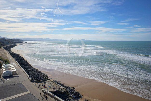 location-vacances-studio-biarritz-côte-des-basques-vue-mer-exceptionelle-plage-a-pied-006