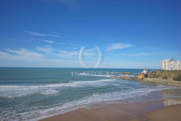 location-vacances-studio-biarritz-côte-des-basques-vue-mer-exceptionelle-plage-a-pied-007