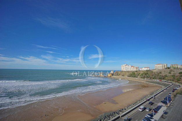 location-vacances-studio-biarritz-côte-des-basques-vue-mer-exceptionelle-plage-a-pied-008