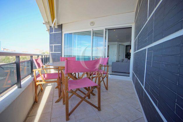 location-vacances-studio-biarritz-côte-des-basques-vue-mer-exceptionelle-plage-a-pied-009