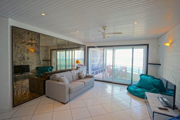 location-vacances-studio-biarritz-côte-des-basques-vue-mer-exceptionelle-plage-a-pied-011