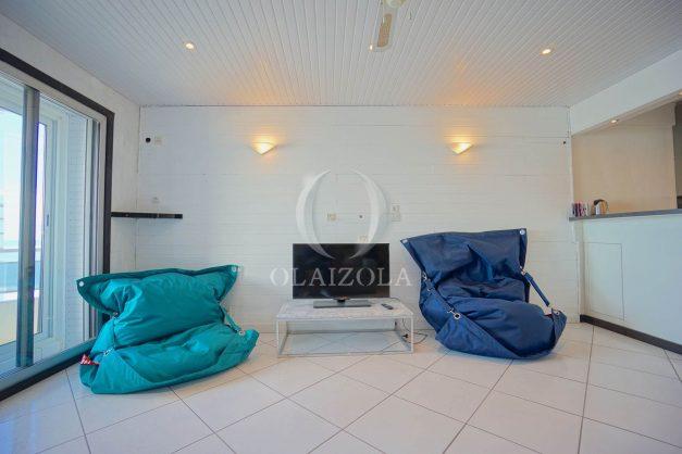 location-vacances-studio-biarritz-côte-des-basques-vue-mer-exceptionelle-plage-a-pied-014