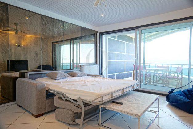 location-vacances-studio-biarritz-côte-des-basques-vue-mer-exceptionelle-plage-a-pied-018