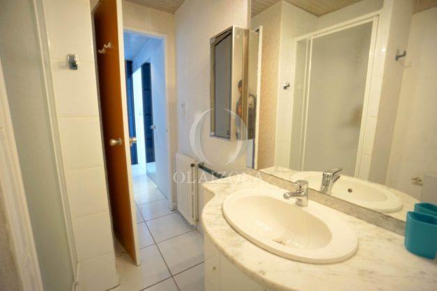 location-vacances-studio-biarritz-côte-des-basques-vue-mer-exceptionelle-plage-a-pied-025