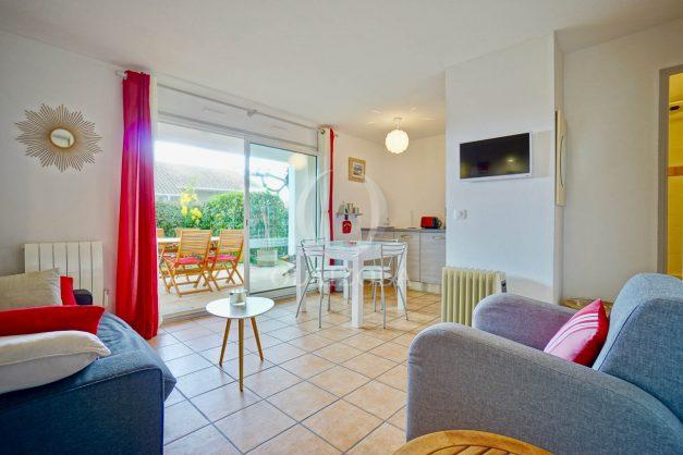 location-vacances-biarritz-appartement-colline-bleue-piscine-parking-carmen-terrasse-plage-a-pied-milady-ilbarritz-002