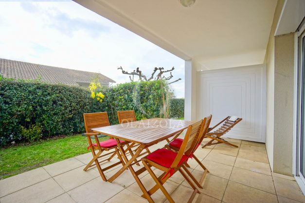 location-vacances-biarritz-appartement-colline-bleue-piscine-parking-carmen-terrasse-plage-a-pied-milady-ilbarritz-004