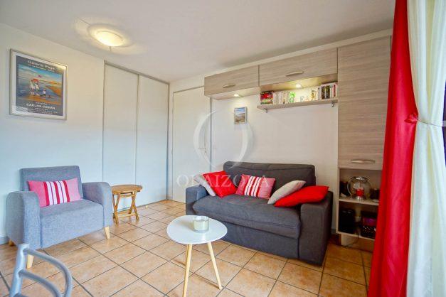 location-vacances-biarritz-appartement-colline-bleue-piscine-parking-carmen-terrasse-plage-a-pied-milady-ilbarritz-010
