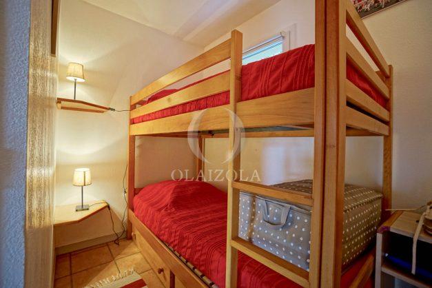 location-vacances-biarritz-appartement-colline-bleue-piscine-parking-carmen-terrasse-plage-a-pied-milady-ilbarritz-013