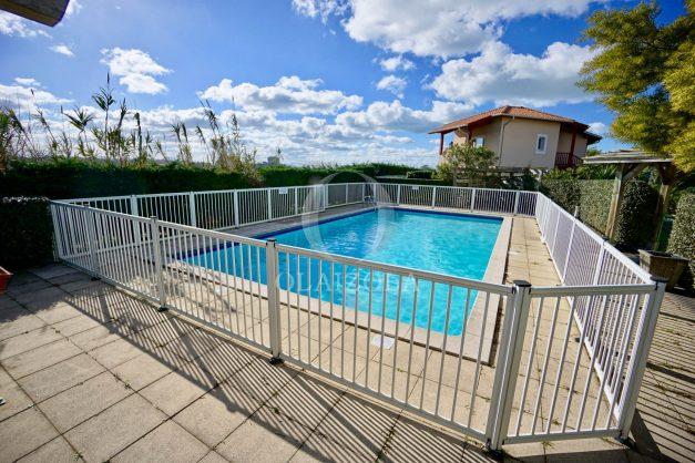location-vacances-biarritz-appartement-colline-bleue-piscine-parking-carmen-terrasse-plage-a-pied-milady-ilbarritz-021