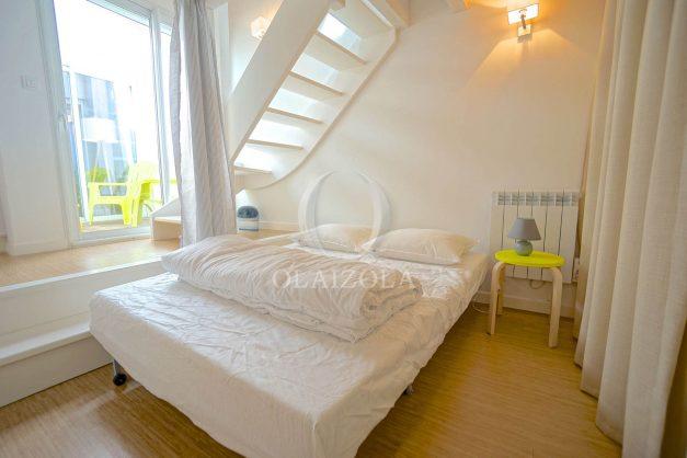 location-vacances-biarritz-beaurivage-terrasse-parking-maison-t2-côte-des-basques-plage-a-pied-008