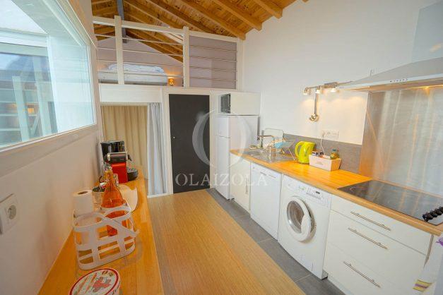 location-vacances-biarritz-beaurivage-terrasse-parking-maison-t2-côte-des-basques-plage-a-pied-017