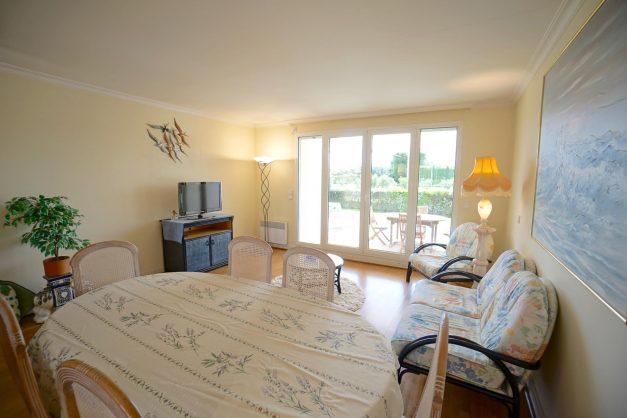location-vacances-T4-Bidart-ilbarritz-roseraie-vue-mer-plage-parking-piscine - 002