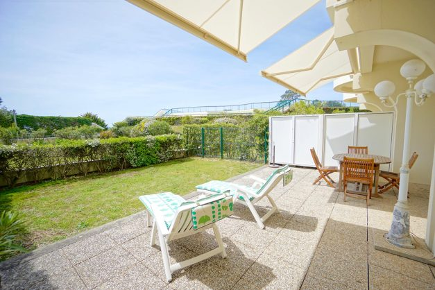 location-vacances-T4-Bidart-ilbarritz-roseraie-vue-mer-plage-parking-piscine - 009