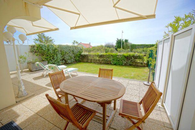location-vacances-T4-Bidart-ilbarritz-roseraie-vue-mer-plage-parking-piscine - 010