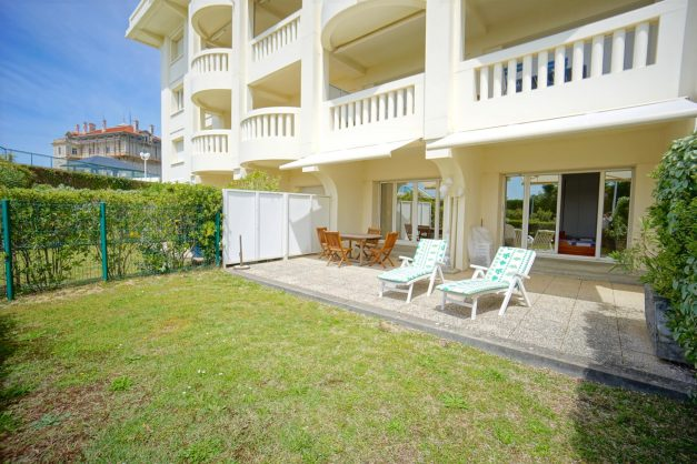 location-vacances-T4-Bidart-ilbarritz-roseraie-vue-mer-plage-parking-piscine - 011
