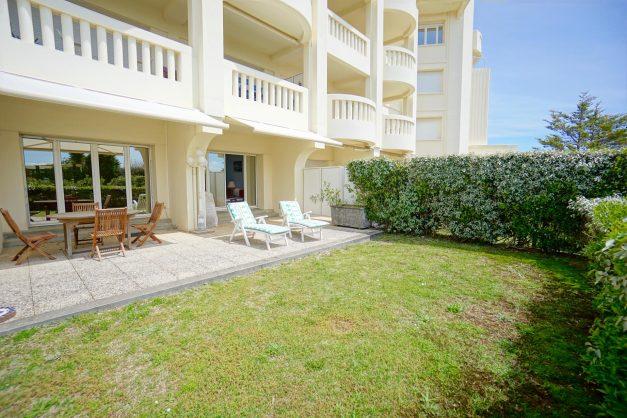 location-vacances-T4-Bidart-ilbarritz-roseraie-vue-mer-plage-parking-piscine - 012