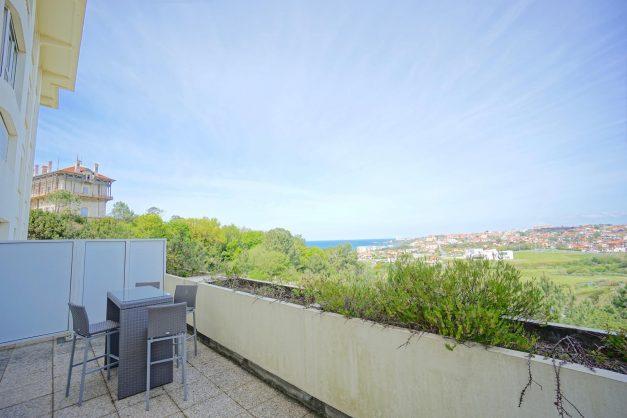 location-vacances-T4-Bidart-ilbarritz-roseraie-vue-mer-plage-parking-piscine - 019