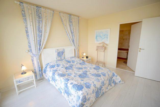 location-vacances-T4-Bidart-ilbarritz-roseraie-vue-mer-plage-parking-piscine - 022