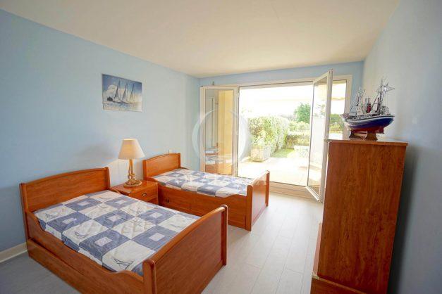 location-vacances-T4-Bidart-ilbarritz-roseraie-vue-mer-plage-parking-piscine-terrasse-balcon-ensoleillee-011