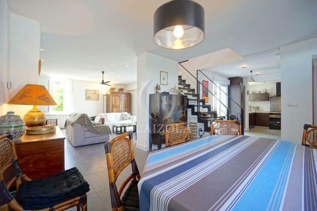 location-vacances-biarritz-villa-proche-plage-terrasse-parking-phare-golf-limite-anglet-plein-sud-020