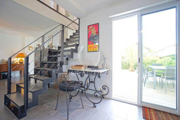 location-vacances-biarritz-villa-proche-plage-terrasse-parking-phare-golf-limite-anglet-plein-sud-022