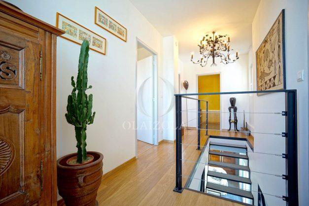 location-vacances-biarritz-villa-proche-plage-terrasse-parking-phare-golf-limite-anglet-plein-sud-037