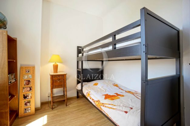location-vacances-biarritz-villa-proche-plage-terrasse-parking-phare-golf-limite-anglet-plein-sud-041