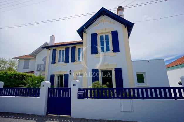 location-vacances-biarritz-villa-proche-plage-terrasse-parking-phare-golf-limite-anglet-plein-sud-044
