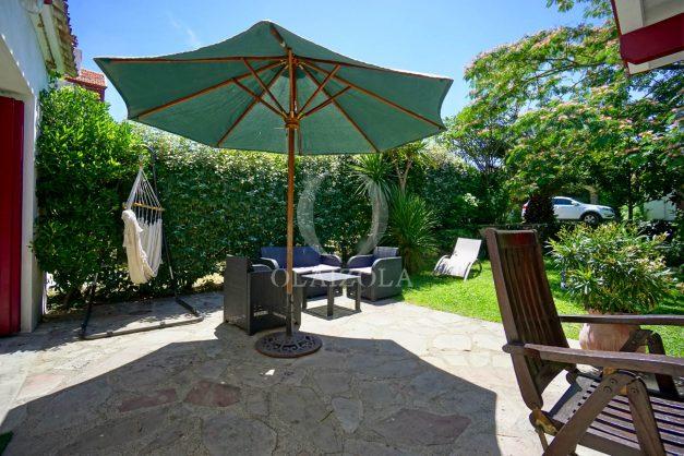 location-vacances-anglet-maison-vue-mer-chambre-d-amour-10-personnes-terrasses-parking-jardin-ensoleillee-2019-009