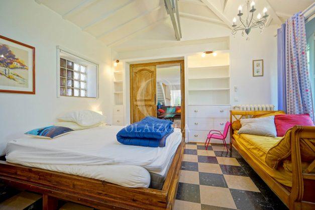 location-vacances-anglet-maison-vue-mer-chambre-d-amour-10-personnes-terrasses-parking-jardin-ensoleillee-2019-025