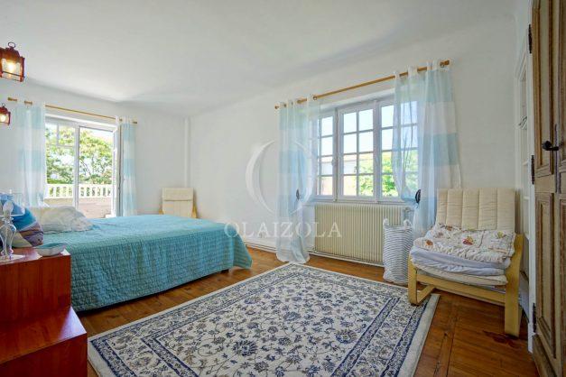 location-vacances-anglet-maison-vue-mer-chambre-d-amour-10-personnes-terrasses-parking-jardin-ensoleillee-2019-030