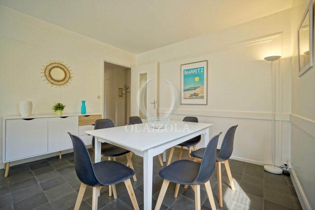 location-vacances-biarritz-appartement-2-chambres-parking-port-vieux-balcon-proche-plage-11