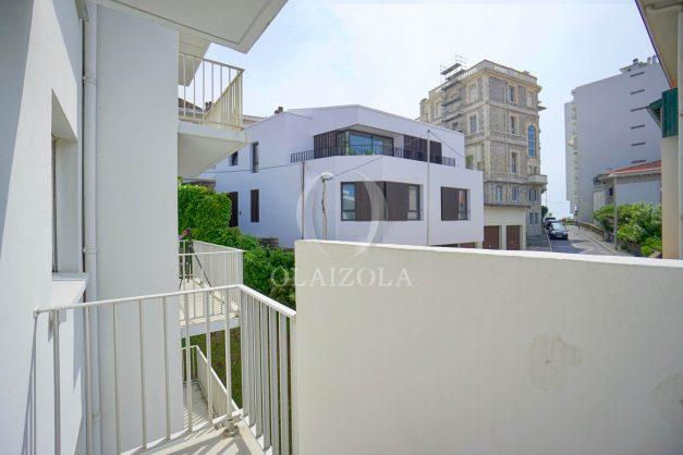 location-vacances-biarritz-appartement-2-chambres-parking-port-vieux-balcon-proche-plage-17