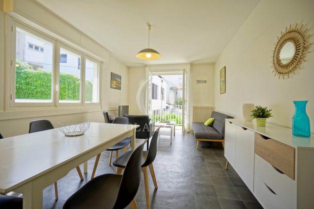 location-vacances-biarritz-appartement-2-chambres-parking-port-vieux-balcon-proche-plage-2